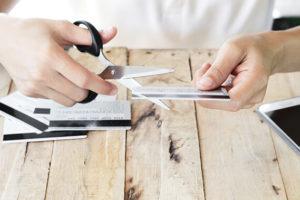 【簡単・安全】正しいクレジットカードの処分方法まとめ
