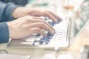 アメックスへの入会申し込みはオンライン申し込みが簡単で便利!